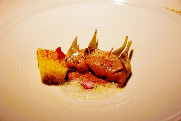 Duck liver with artichokes, chickweed and vapored truffle brioche